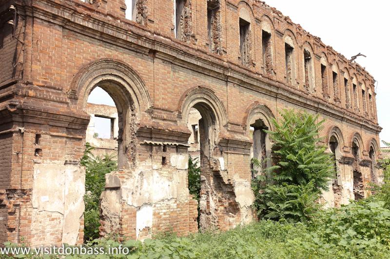 Старая синагога в Мариуполе