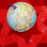 Планета взята в плотное кольцо =)
