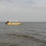 К услугам отдыхающих прогулочные катера и бананы, полеты на параплане и катание на водных мотоциклах, Мелекино