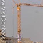 Возводятся трибуны, будущие формы стадиона пока не понятны, осень 2007 год
