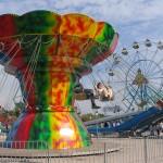 Карусель - один из самых ярких аттракционов Экстрим-Парка в Мариуполе