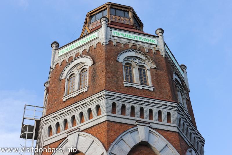 Водонапорная башня в Мариуполе