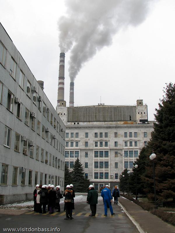 Некоторые корпуса Кураховской ТЭС построены до второй мировой войны