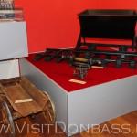 Макеты оборудования, использовавшегося при строительстве завода, музей Азовсталь