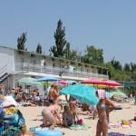 Один из лучших пляжей в Мелекино, б/о Дельфин