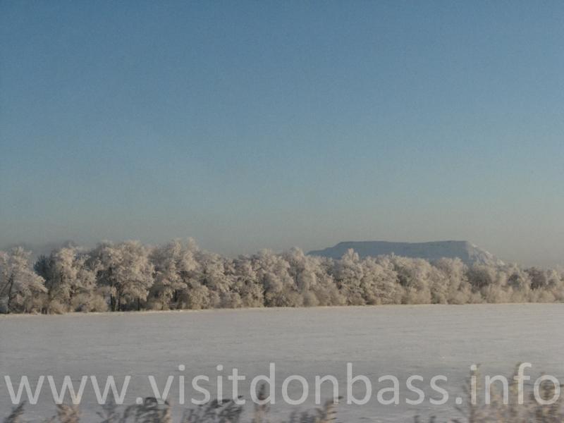 Зимние терриконы напоминают горы, Донбасс
