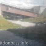 Взорванный мост в Мариуполе