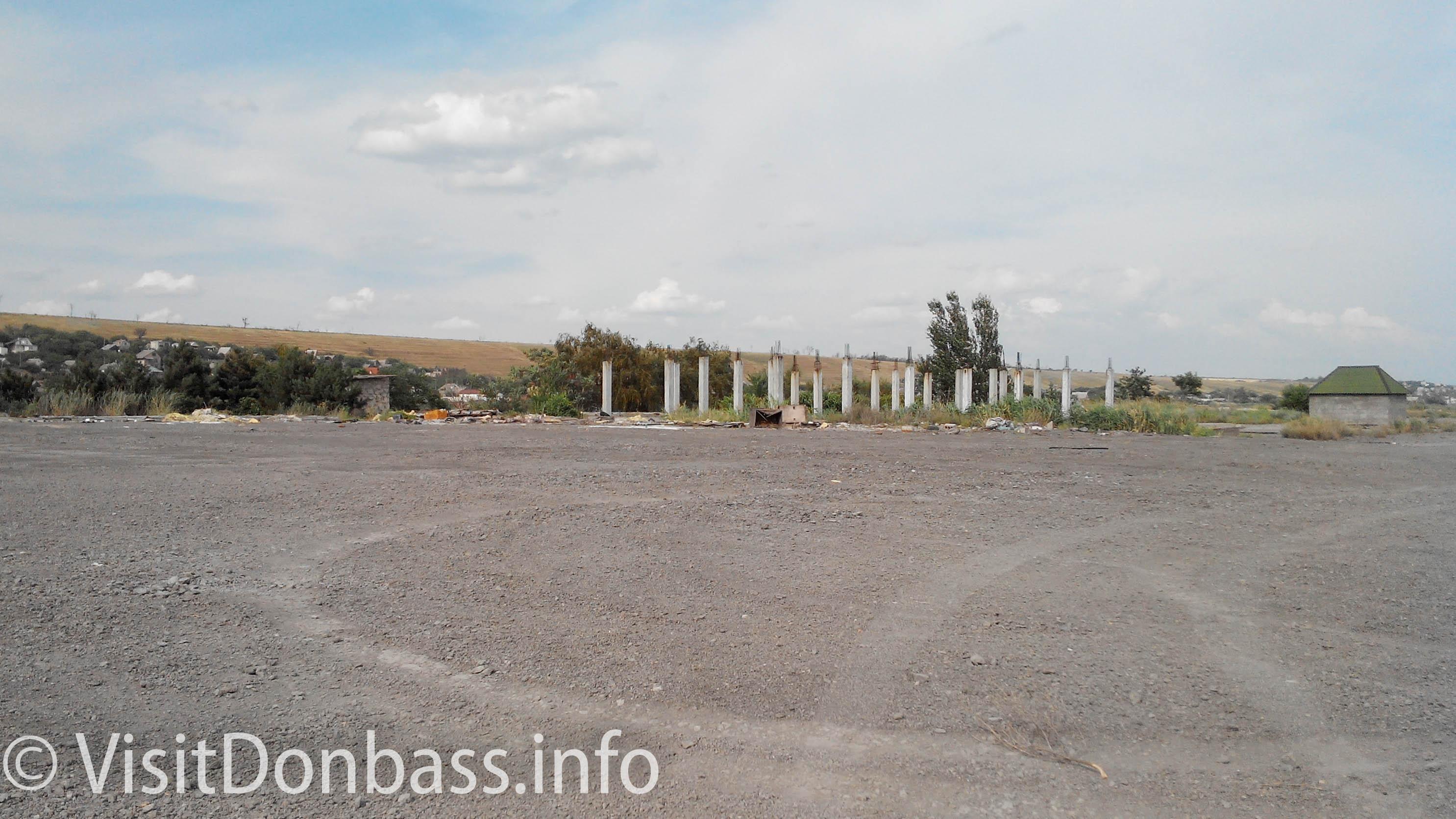 Остатки развлекательного комплекса Ялос в Пионерском